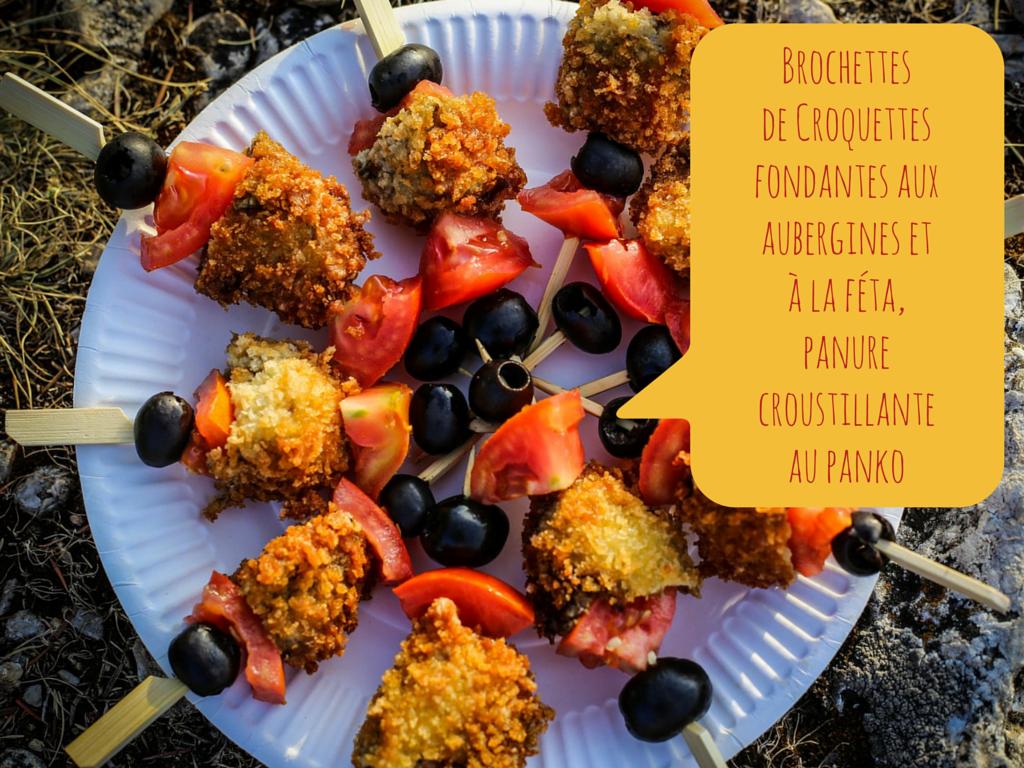 brochettes de croquettes fondantes aubergines & feta, olives et tomates