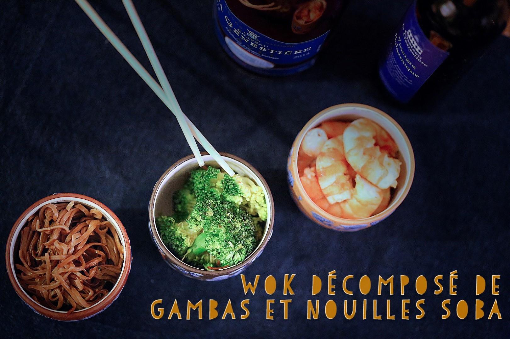 Trilogie asiatique de gambas, brocoli et nouilles soba